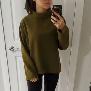 NWT native youth Turtle neck fleece sweater
